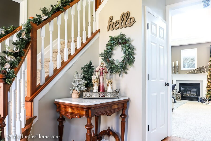 Use this 6-week Countdown to Christmas checklist to stay focused and ahead of the game, so you can enjoy the holiday season
