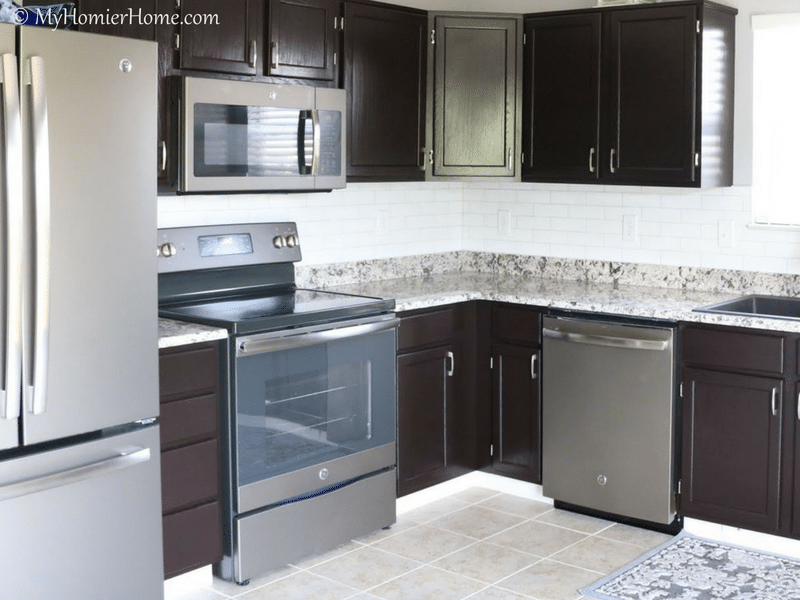 Renovating a kitchen can be costly. With these 6 tips for renovating your kitchen on a budget, you can have the kitchen of your dreams for a lot less!