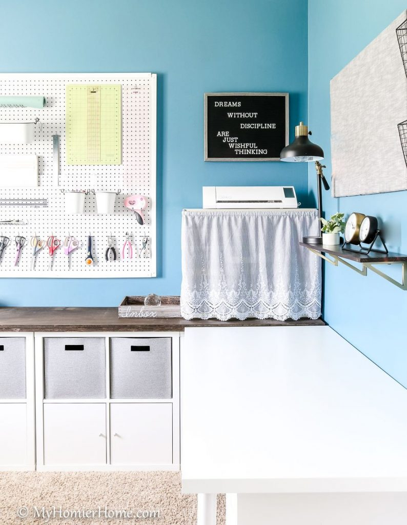 Looking for inspiration for your home office/craft room? My Home Office/Craft Room is complete! Come check out what I did in my final reveal, including a new light fixture, a statement ceiling, and all kinds of organization!