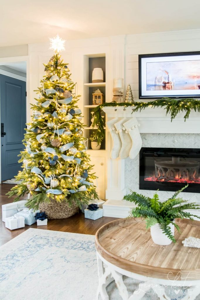 Jenna Kate at Home - Christmas Color Schemes Blue and White