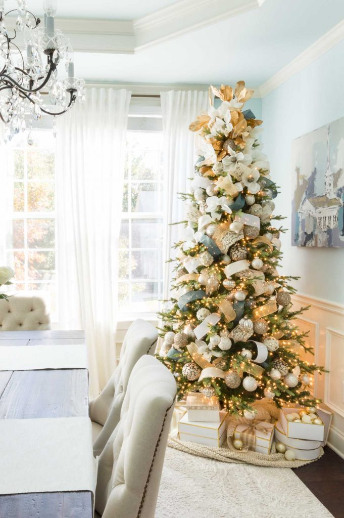 Kelley Nan - Christmas Color Schemes Neutral