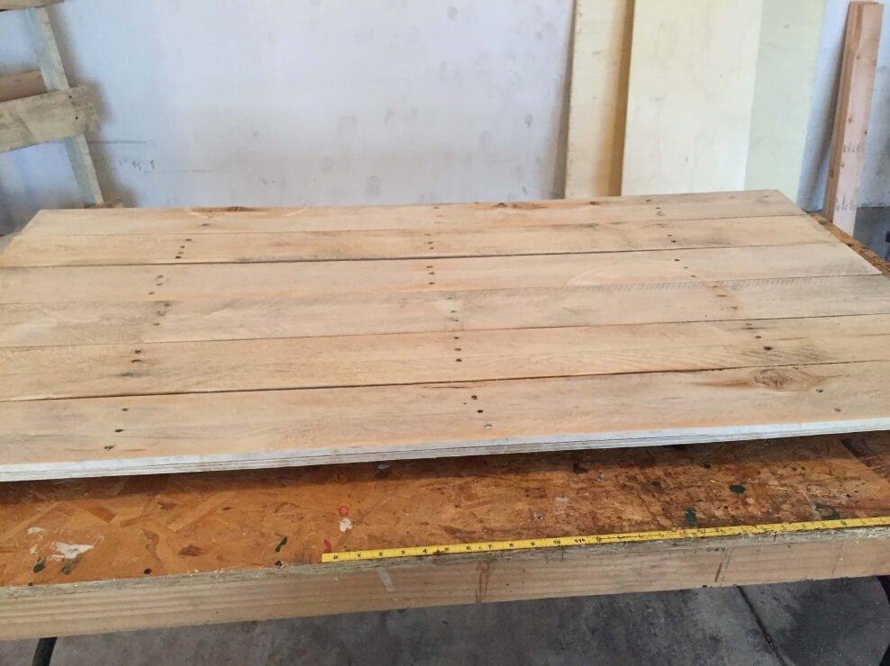 pallet headboard 2