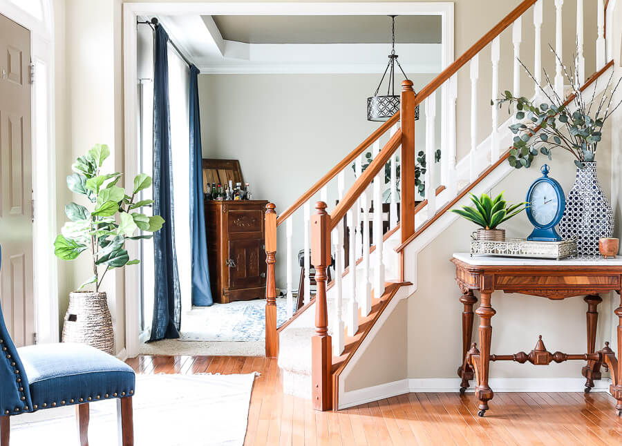 Spring Decor Ideas for the front entry