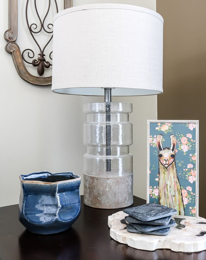 Spring decor ideas for your living room end tables