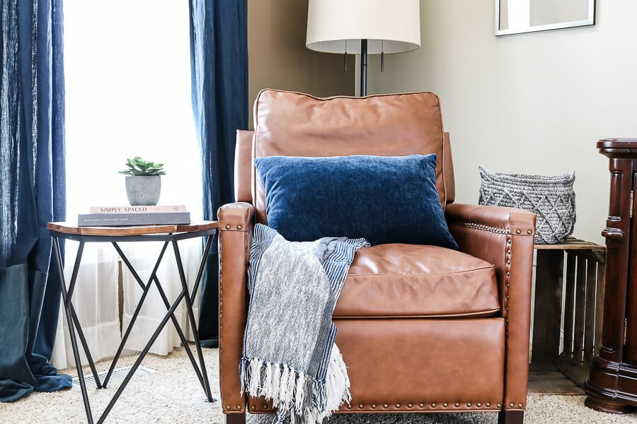 spring decor ideas for your living room chair