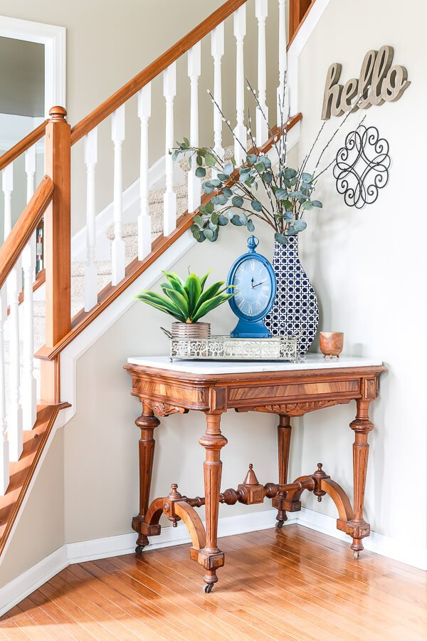 front entry table spring decor ideas