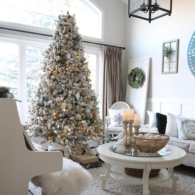 Willow Bloom Home Blog - Christmas Color Schemes Green and White